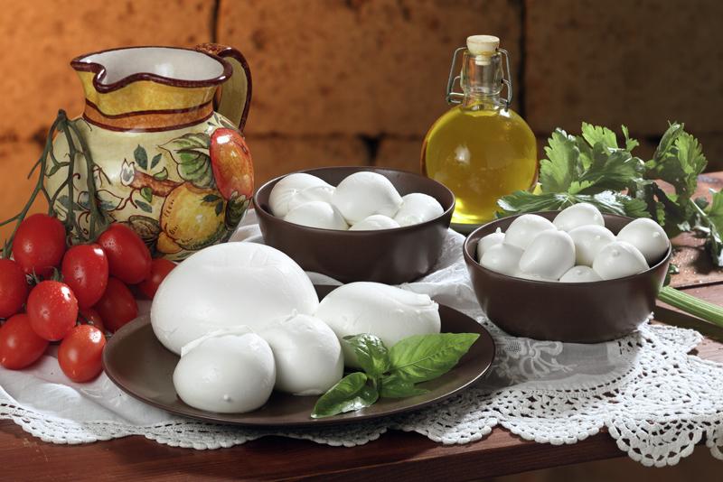 Caseificio Pupatella Mozzarella Provola ricotta caciocavallo olive verdi taralli napolentani Online Caseificio Pupatella