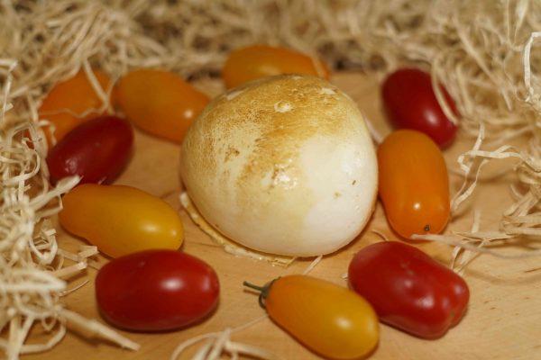 Provola Fresca Produzione propria Caseificio pupatella Mozzarella e prodotti caseari Caseificio Cammisa
