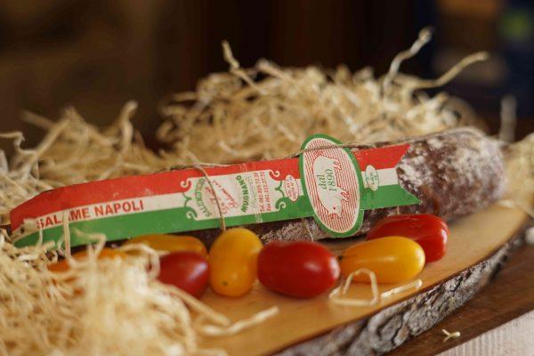 Salame Napoli artigianale Caseificio pupatella Mozzarella e prodotti caseari